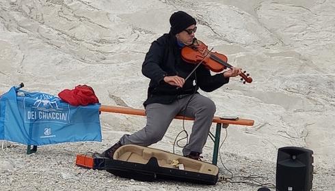 Musicisti e letterati tra i ghiacci